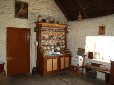 Muckross Traditional Farms Heritage Ireland Farms In Ireland Traditional Furniture Farmhouse Furniture Traditional Living