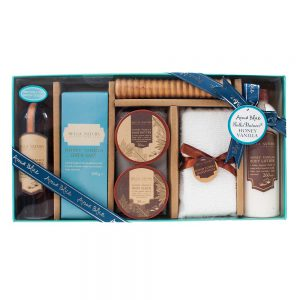 Bella Natura Honey & Vanilla Pamper Set